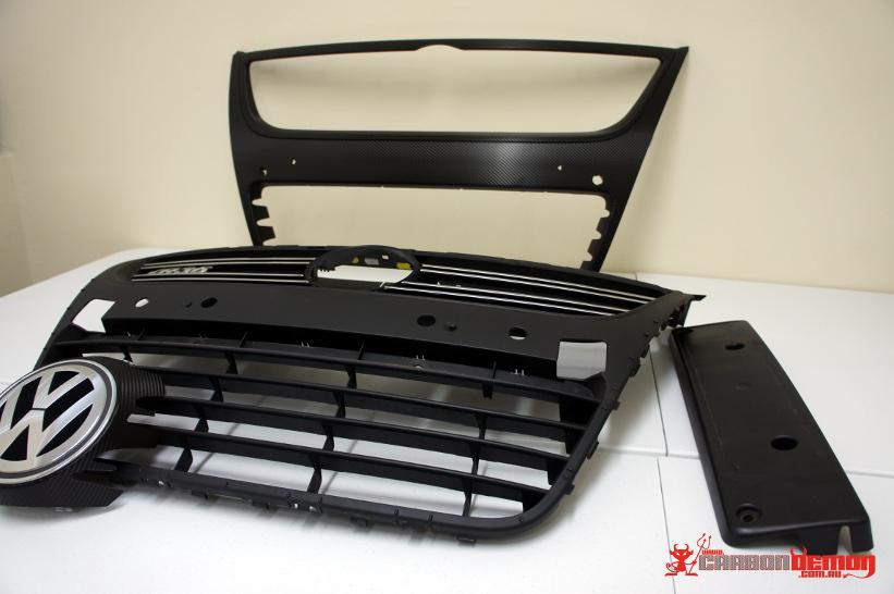 VW R36 Carbon Fibre Vinyl Wrap Grille